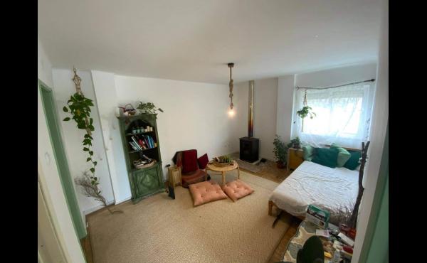 1st lounge area